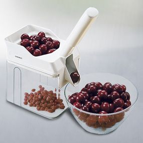Shop Leifheit Cherry Stoner at CHEFS. This i absolute magic!! I need one!