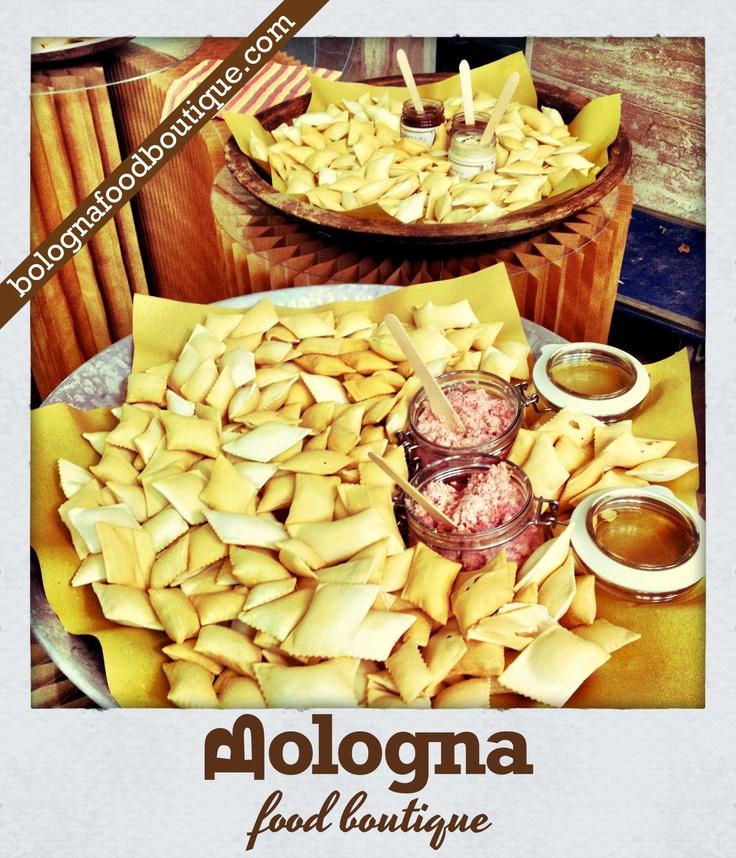Bologna Food Boutique - Local Food (Streghette, Mortadella e Confetture)