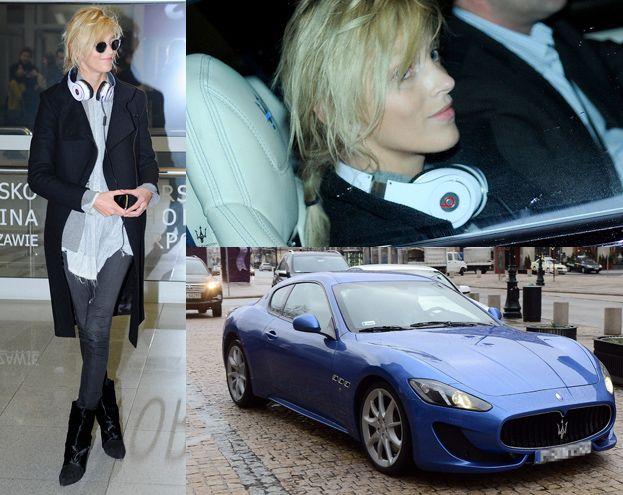Ania Rubik w Maserati podczas pobytu w Polsce.