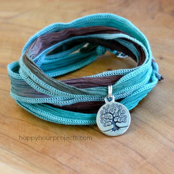 Ultra Easy, 2-Knot Ribbon Wrap Bracelet With Charm at www.happyhourprojects.com
