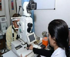 If you have eye problem and looking for laser eye surgery in delhi.Quick visit at Eye Health Centre.Lasik treatment which is given by their specialists eye surgeon.Lasik treatment gives better vision.Call at 09717163444 for more information.