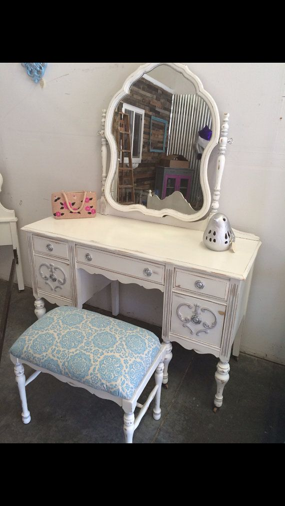 Delicieux French Provincial Antique Vanity Desk With Mirror And Stool/Bench White  Sacramento, CA
