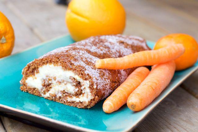 Absolutely delicious and sweet swiss roll carrot cake with orange. Ihanan makea ja täyteläinen porkkanakakku-kääretorttu appelsiinin kera kevään juhliin.