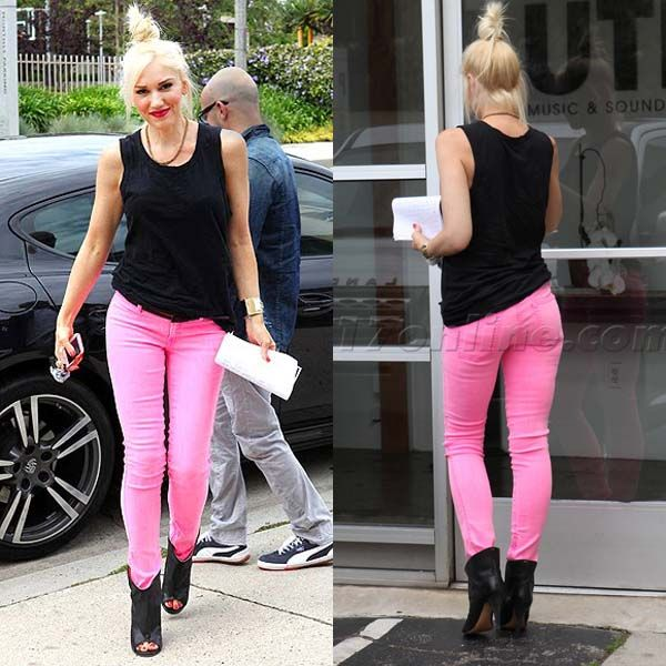 Gwen Stefani - love this whole outfit! shoes, top and PINK JEANS