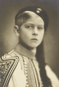 A rare photo of Prince Philip in Greek national costume.  You can see the resemblance between Philip and his firstborn very well here.