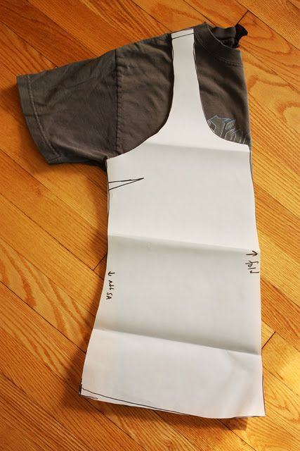 tank top - diy. I have a hard time finding tank tops that are not too short. Maybe I should just make my own.