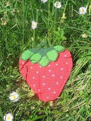 Strawberry crochet hot pad pattern in italian/Presina a fragola spiegazione tutorial