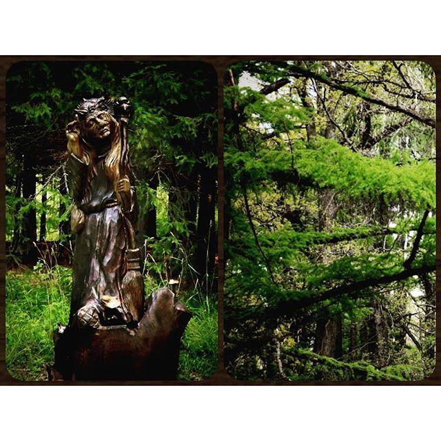 【taija_zalter】さんのInstagramをピンしています。 《#Россия #Russia #forest #BabaYaga #fairyTale #folklore #wood #sculpture #ХозяйкаЛеса #лес #фольклор #достопримечательность #сказочный #персонаж #сказка #русское #искусство #национальный #парк #деревянная #скульптура #БабаЯга #バーバヤーガ #むかしばなし #フォークロア #ロシア #森》