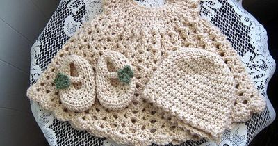 CannyCraftz: Oatmeal Baby Set For sale at CannyCraftz on FB and Google+ Forty dollars for all items together/free shipping/any color(s).