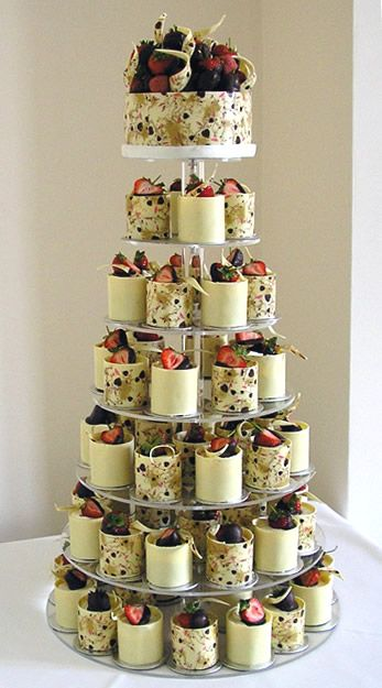 alternative ideas instead wedding cake best 25 strawberry wedding cakes ideas on 10691