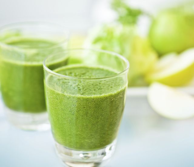 The Hangover Helper (spinach and pineapple smoothie)