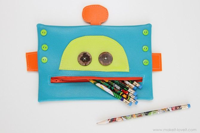 Robot pencil case pattern.  There is an adorable girl version on this site as well.