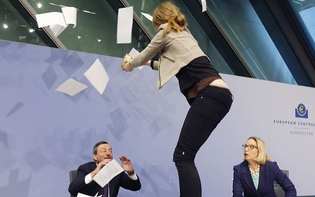 Mario Draghi 'attacked' at start of ECB press conference - Telegraph