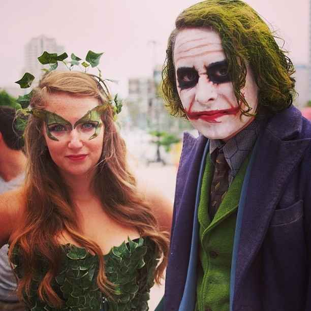 Poison Ivy and The Joker ... WHY SO SERIOUS? | 28 Comic-Con Couples Who Totally Nailed This Cosplay Thing