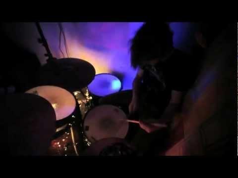 36. Palma Violets - Best of Friends    UK党は要チェケ!Rough Tradeが発掘した新人バンド。眩しいくらいに蒼く確かなメロディ、キラキラ光るギターの音色。This is it!今一番ライヴが観たいバンド。
