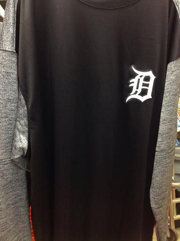 MLB Detroit Tigers Men's Big and Tall Two Tone Tech Crew Neck Fleece
