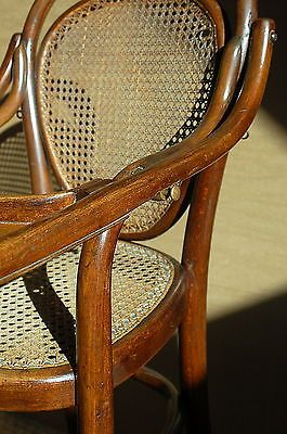 1000 images about thonet on pinterest bentwood chairs for Chaise bistrot thonet