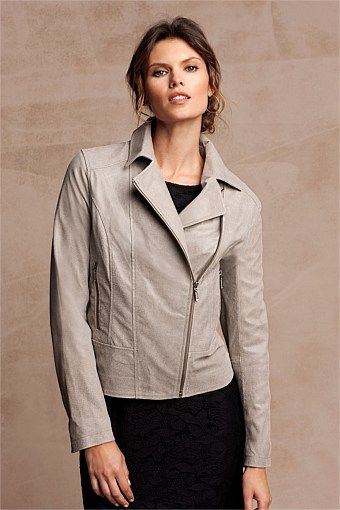 Capture Leather jacket in putty - front