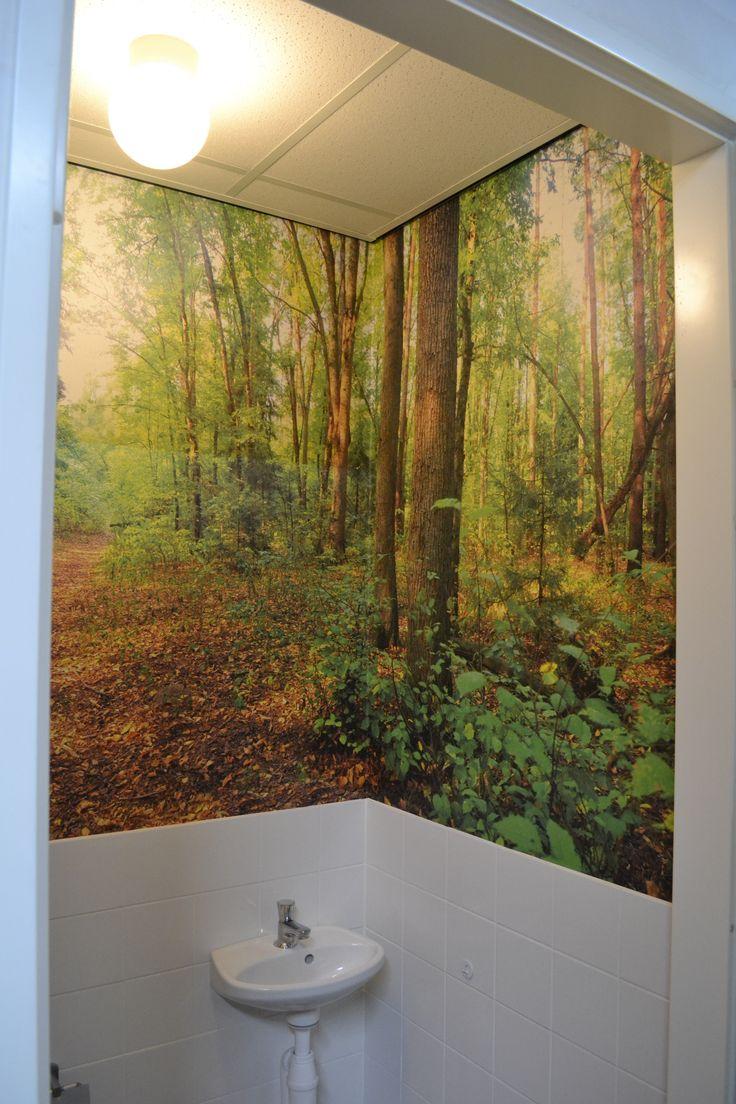 25 beste idee n over bos behang op pinterest boom behangpapier bos slaapkamer en slaapkamer - Deco toiletten natuur ...