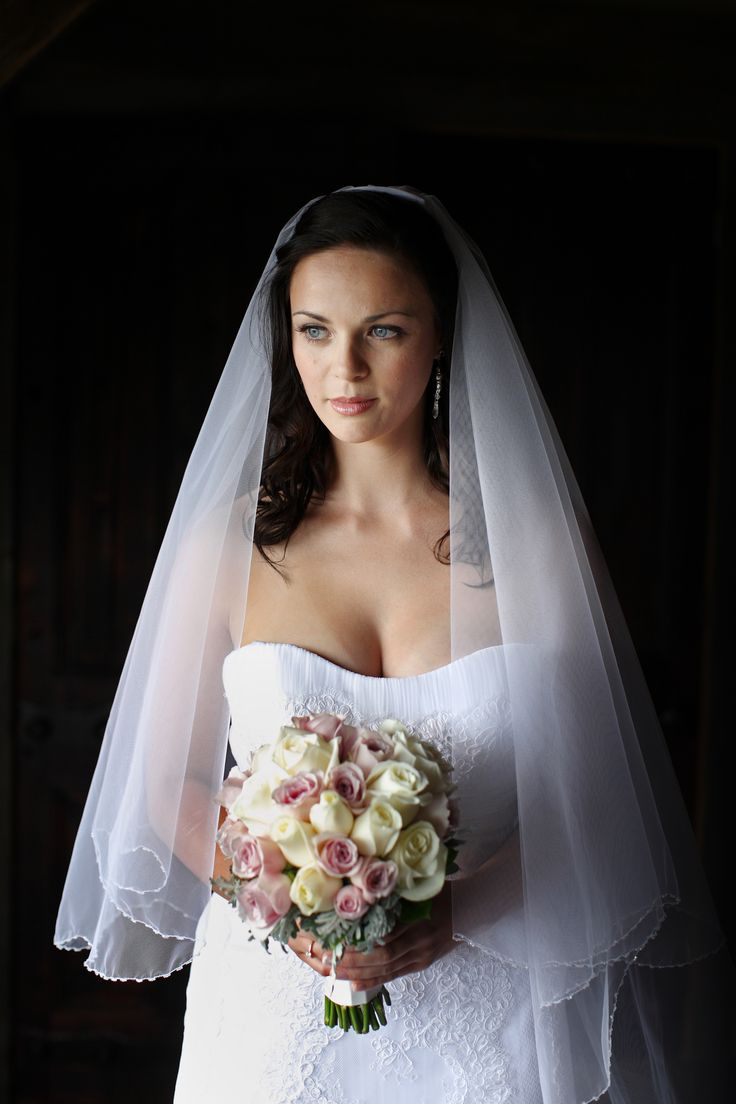All make up - Classic Browse at: www.looklovewed.co.nz