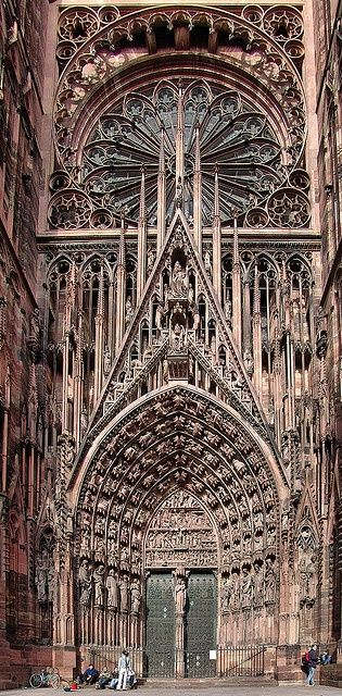 Strasbourg Cathedral, France. I would love to be able to see this and a few others in France. *sigh*