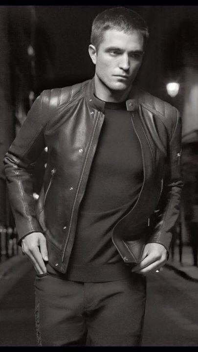 Robert Pattinson Dior 2016