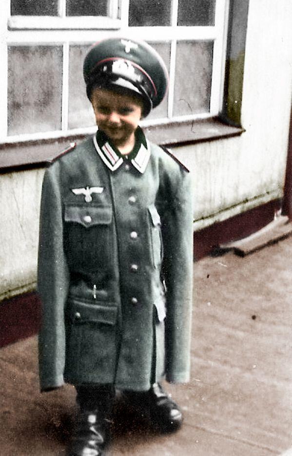 25+ best ideas about Wehrmacht uniform on Pinterest ...