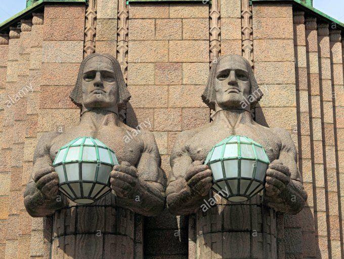 Photos: Helsinkin's 'Men of Rock' Statues Get KISS Face Paint - http://moviesandcomics.com/index.php/2017/04/19/photos-helsinkins-men-of-rock-statues-get-kiss-face-paint/