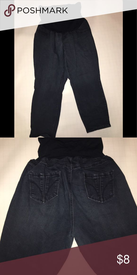 Fade to Blue maternity denim jeans dark blue Size 3X  Great condition   Color is normal dark blue, due to flash it looks like black on the picture   Two pockets on the back side Jeans