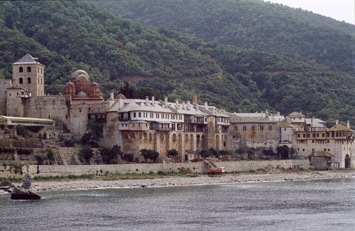 VISIT GREECE| The monastic self-governing community of Mount Athos lying in a peninsula in Northern Greece offers spiritual enlightenment to those seeking insight and inspiration. Twenty monasteries – keepers of the orthodox faith – perched along the peninsula make out an outstanding landscape of unique natural beauty that has been declared a UNESCO World Heritage Site.