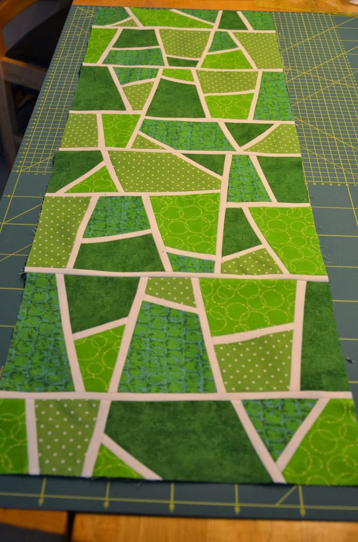 """Vor eineinhalb Wochen war """"QuiltMi"""" - eine schon lange existierende Gruppe, die sich einmal im Monat am Mittwoch bei Quilt&Textilkunst zum K..."""