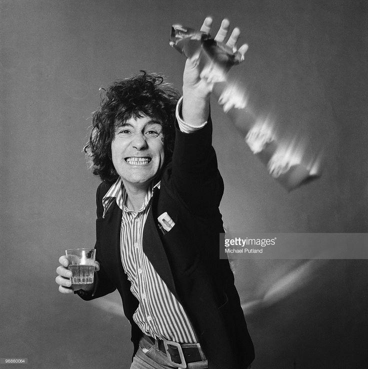 Scottish singer Alex Harvey (1935 - 1982) of The Sensational Alex Harvey Band