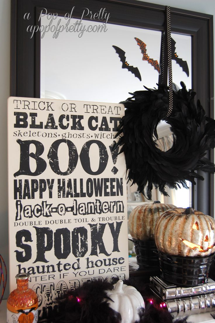 love the layering of all the festive colors for halloween - Pretty Halloween Decorations