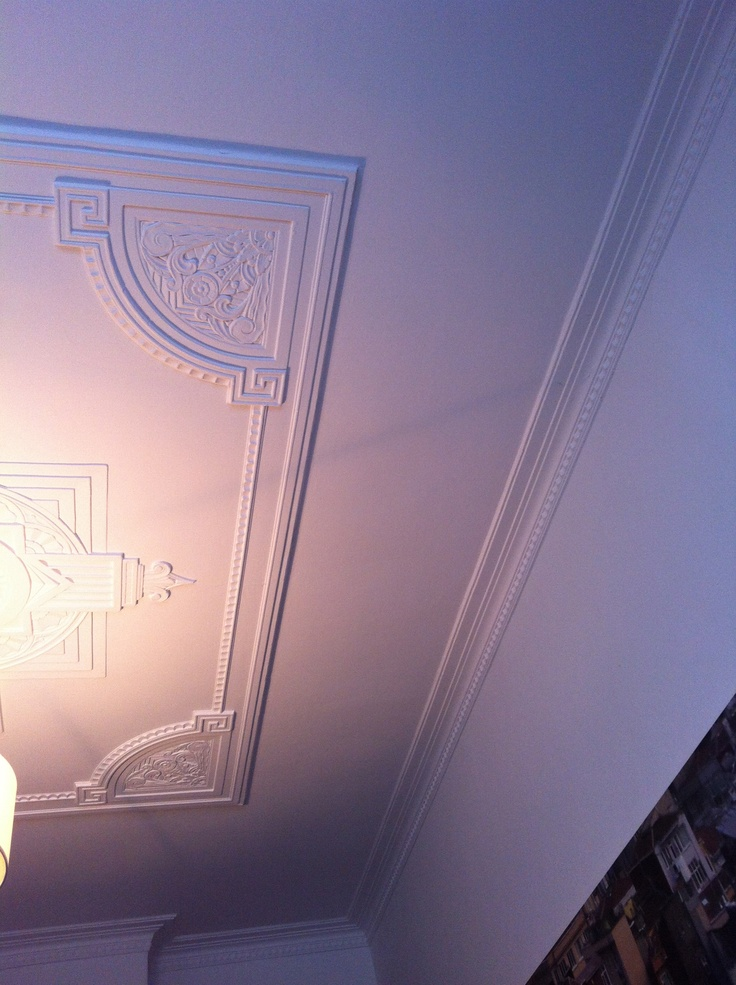 Art deco ceiling/cornice