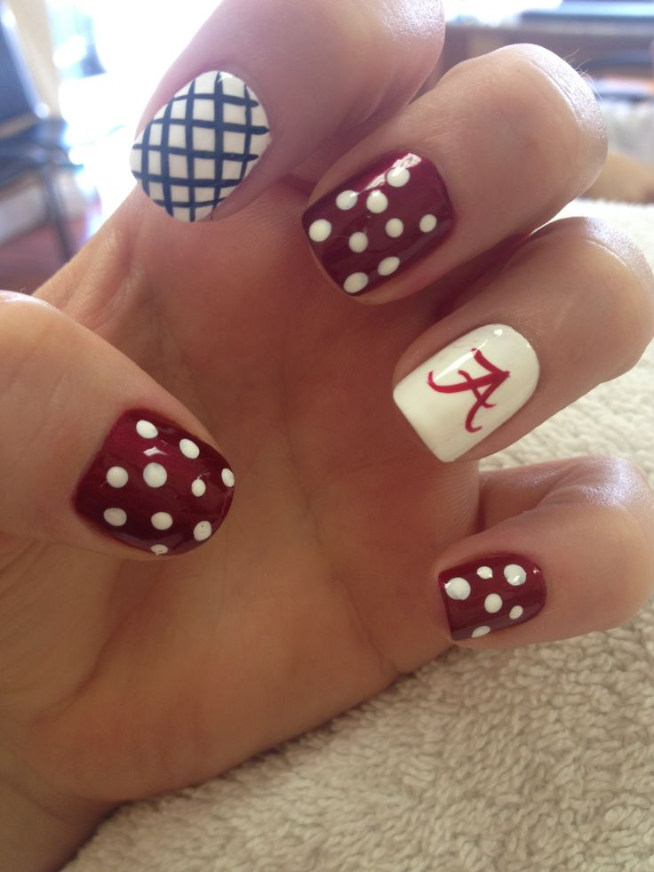 Roll that Tide ❤️ love my nails