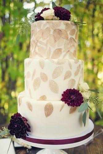 Herbst Hochzeitstorten, die WOW ★ Herbst Hochzeitstorten weiß mit goldenen Blättern und …   – Wedding