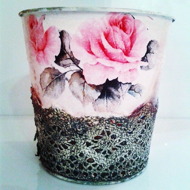 pizzi goffre technique! #vintage #lace #pizzi #rose #decor #decoupage #painting #art #crafts #skg #thessaloniki #artist #drawing #drawings #markers #paintings #watercolor #oilcolor #ink #creative #sketch #sketchaday #pencil #arte #dibujo #artwork #Art2Art #color #colour #tagstagramers