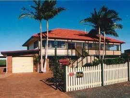 B & B FOR SALE - BUNDABERG QLD of Queensland, Bundaberg & Coral Coast