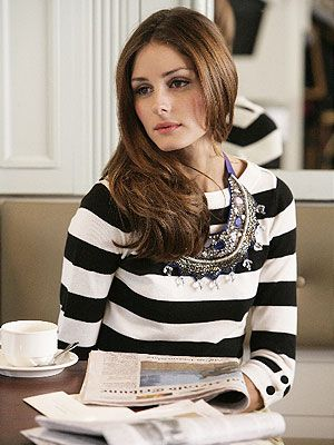 Black and white striped shirt, big necklace