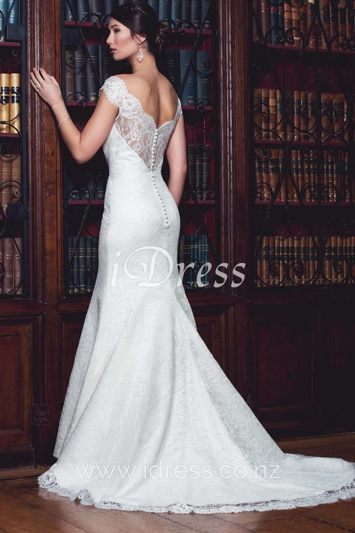 Elegant Low Back Wedding Dress Features Strapless Sweetheart