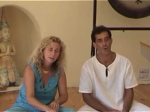 Tantric Overtone Chant to Balance Yin and Yang, Nestor Kornblum and Michele Averard - YouTube