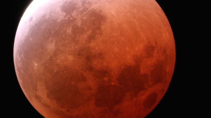 Lunar Eclipse Blood Moon | Tomorrow Morning's Blood Moon Eclipse is Worth Waking Up For ...