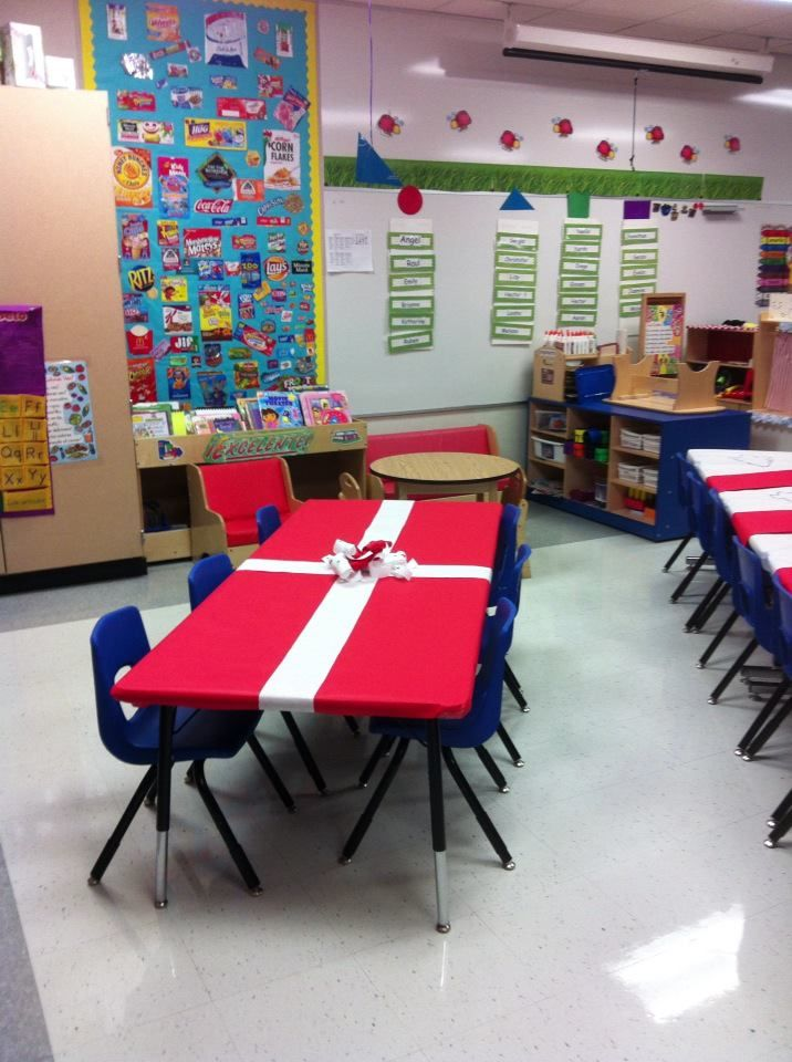 Wonderful Christmas Party Ideas For Church Groups Part - 7: Christmas U0027 Decoration Table For PK U0027s Party!