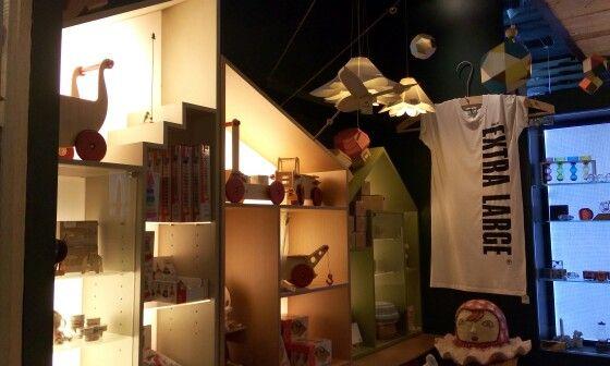 Love the lighting in this children's inspired room
