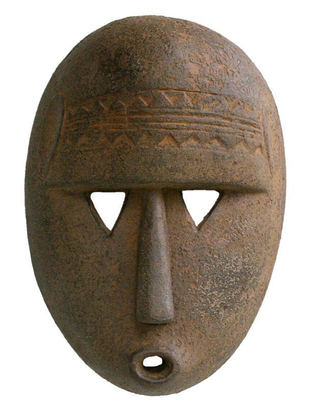 les arts anciens d' Afrique » L'art africain et les masques ; masque dogon