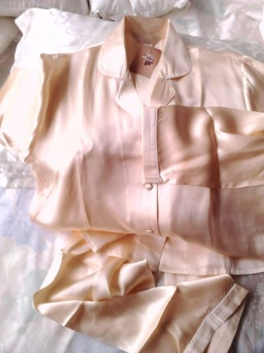 Női pizsama, hernyóselyem, arany barack - Női pizsama - Hernyóselyem ruhanemű - Termékek - selyemwebaruhaz.hu