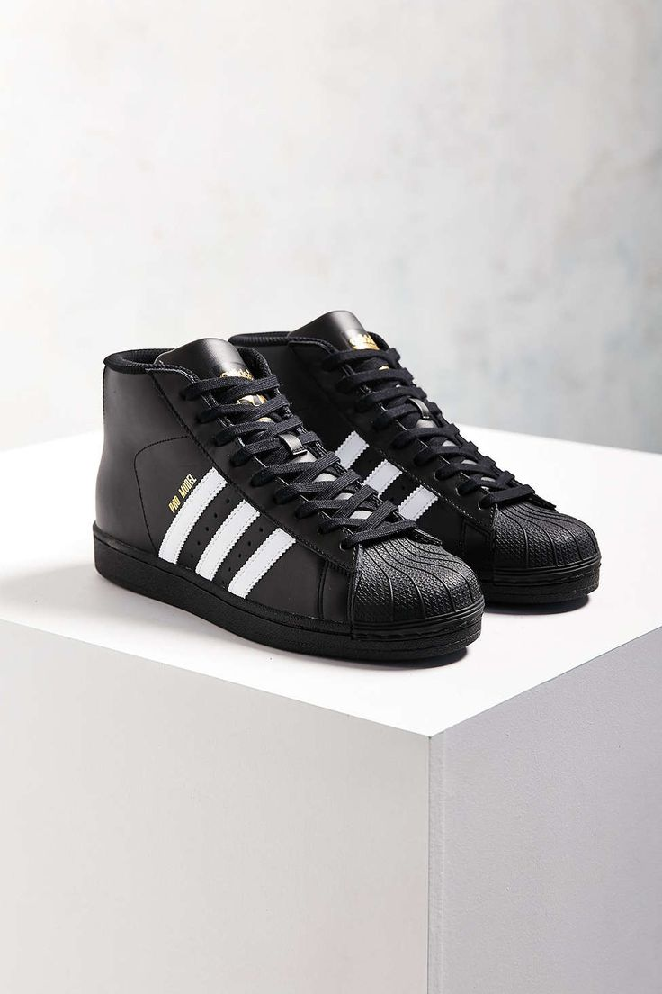adidas Originals Black Pro Model Sneaker. Lit ShoesLace ...