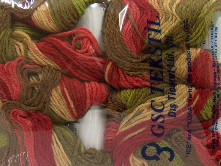 Pure Wool Color Salmon Red Green Shades Cream