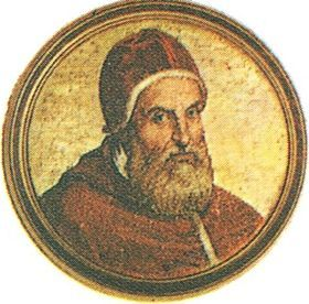 Portrait de Clément VIII:  l'événement le plus remarquable du règne de Clément VIII fut la réconciliation d'Henri IV avec l'Eglise, à l'issue de longues négociations, menées avec une grande habileté par le cardinal Arnaud d'Ossat. Le roi de France passa au catholicisme le 25 juillet 1593. Après un délai destiné à juger de la sincérité du nouveau converti, Clément VIII passa outre au mécontentement de l'Espagne, et à l'automne 1595, il donna solennellement l'absolution à Henri IV