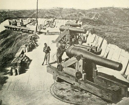 The big guns of Battery Sherman in 1863 just after the siege of Vicksburg. #CivilWar